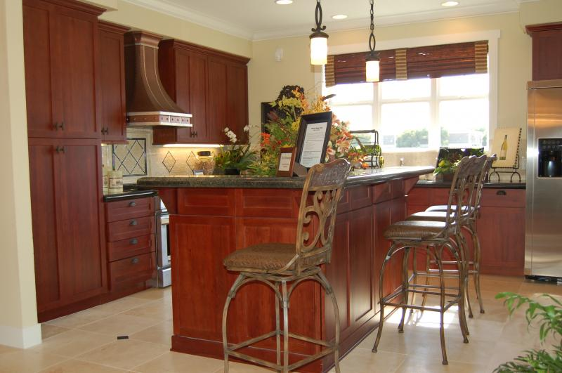 Rosewood Door Fieldstone Cabinetry kitchen